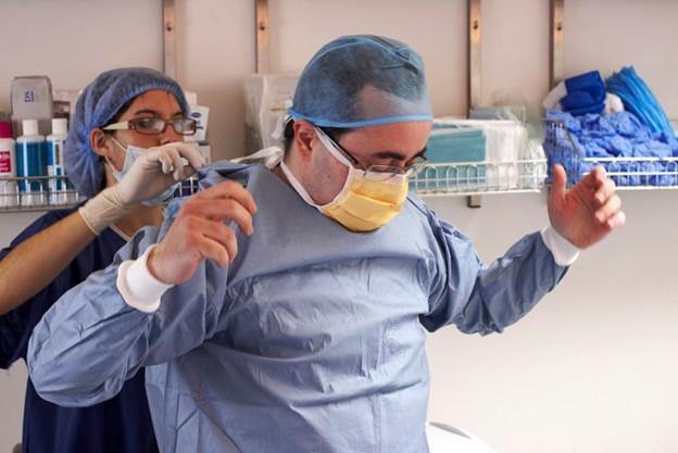 Dr Philippe Ohayon Assistant opératoire du Dr Michel Abehsera
